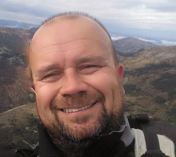 Eric PILMANN stages de survie dans les Alpes avec Yaka Survie
