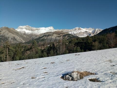 decouverte yakasurvie paysage provence
