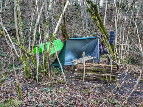 fondation yakasurvie campement tarp